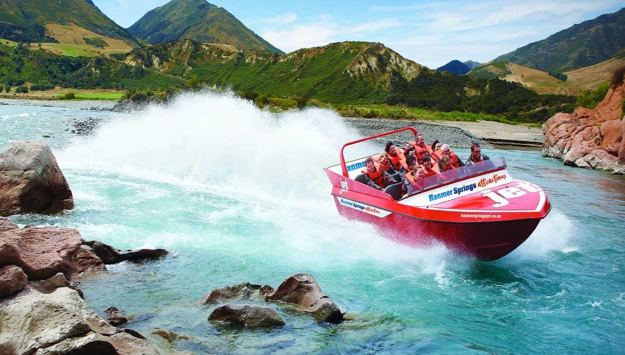 Jetboat thrills on the Waiau