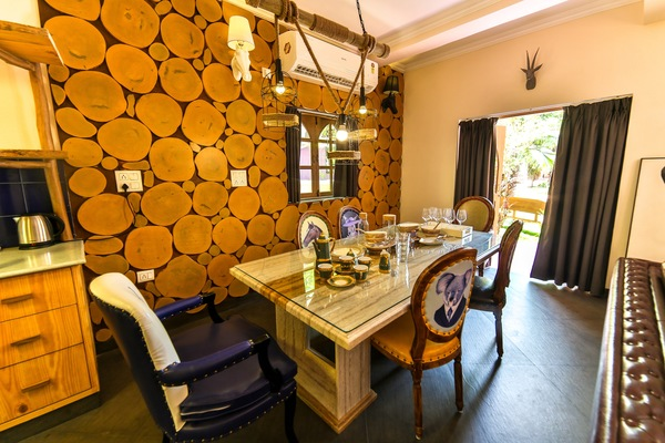 African Suite- with Dining