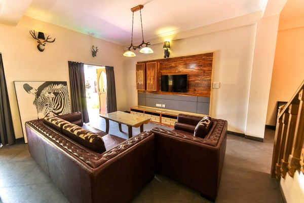 African Suite- with Living Room