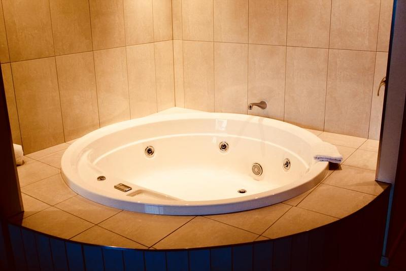 Ocean View Premium Suite with Spa Bath