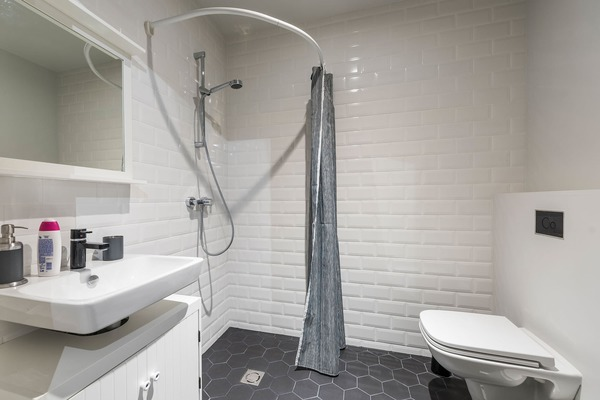 Luxury apartment next to Old Town - Shower
