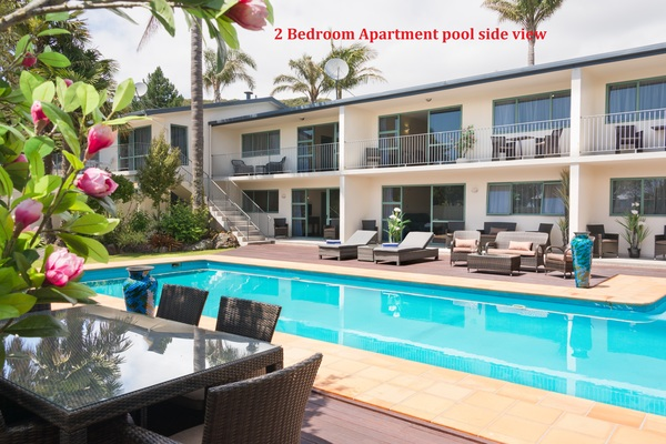 Poolside view 2 bed room apartment